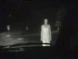 白い服の女 幽霊
